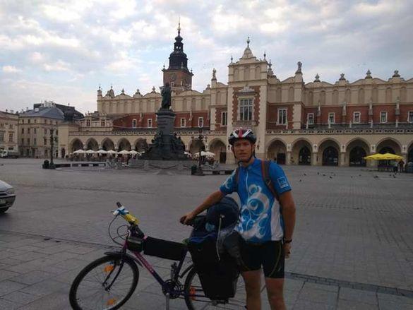 Нові горизонти за 73 дні: черкащанин здійснив подорож на велосипеді до 14 країн Європи (ВІДЕО)