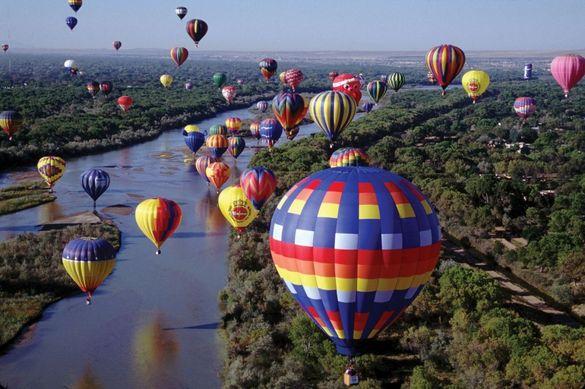 Аеростарти та яскраві враження: черкащан запрошують на видовищний фестиваль повітряних куль