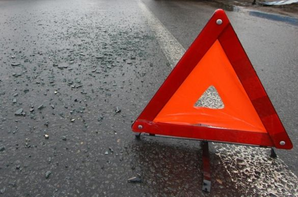 Потрійна аварія сталася за участі двох автівок та мотоцикла в Черкасах (ФОТО)