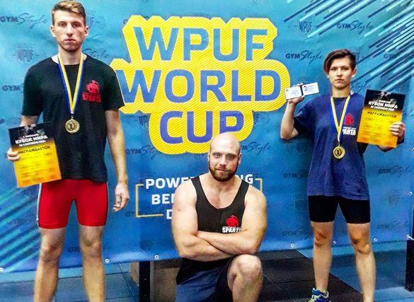 Черкащани тріумфували на престижному турнірі із пауерліфтингу
