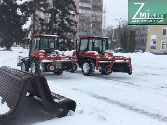 До прибирання Черкас від снігу залучатимуть приватних підприємців