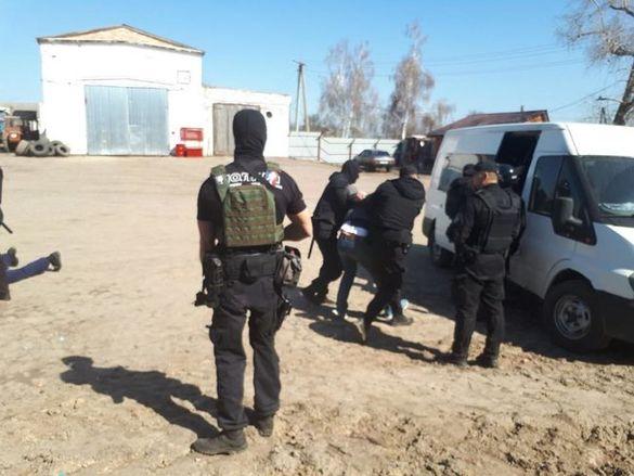 Трьох чоловіків судитимуть за рейдерське захоплення агропідприємства на Черкащині