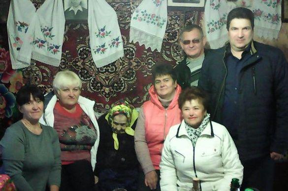 У Черкаській області довгожителька відсвяткувала 105 років