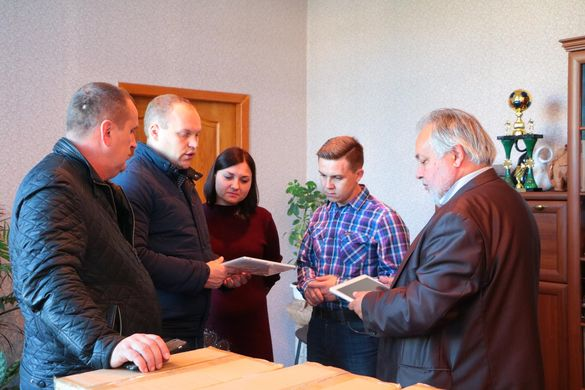 Черкаські школи забезпечили електронними щоденниками (ФОТО, ВІДЕО)