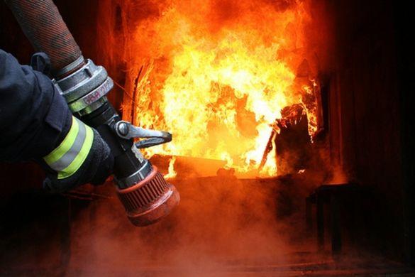 На Черкащині вогнеборці врятували безхатька під час пожежі