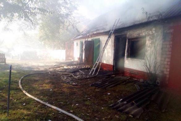 На Черкащині трирічна дитина підпалила сарай (ФОТО)