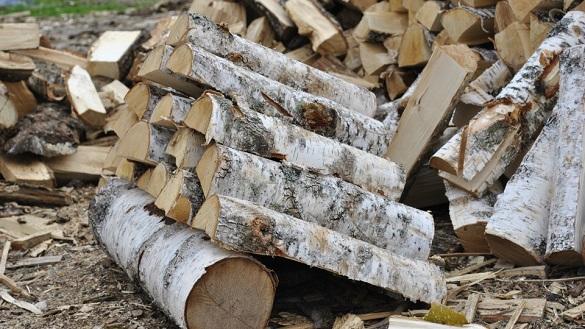Шахраї пропонують черкащанам придбати дрова