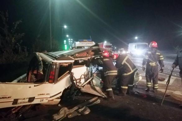 Вщент розбиті автівки й поранені водії: на Черкащині сталася ДТП (ФОТО)