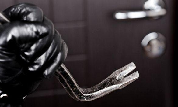 У Черкасах упіймали двох домушників (ФОТО)
