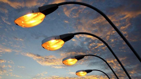 Яскравіше світить у ще одному дворі в Черкасах