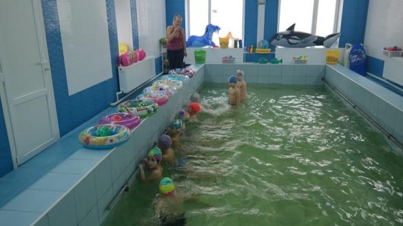 У черкаському садочку відкрили оновлений басейн (ФОТО)