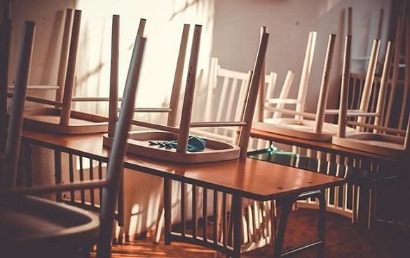 Холодні батареї: у Смілі через відсутність опалення закрили школи