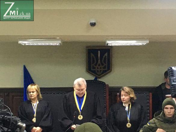 Вбивство журналіста з Черкащини Сергієнка: обурені активісти прийшли до суду та до СІЗО (ФОТО)