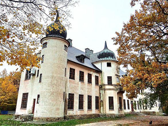 У столітньому палаці на Черкащині зніматимуть відому історичну драму