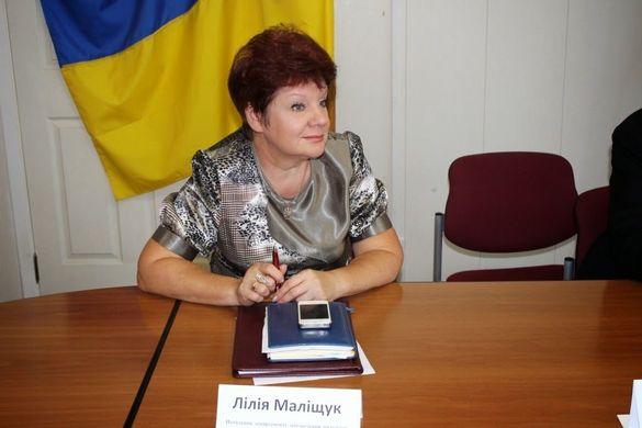 Суд переніс засідання у справі звільненої чиновниці Черкаської міськради Маліщук