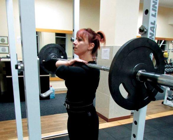 Черкаська спортсменка стала найсильнішою пауерліфтеркою країни