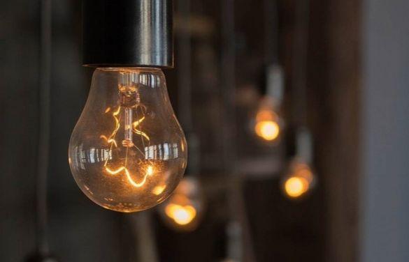 Десять гуртожитків у Черкасах поки залишаються зі світлом