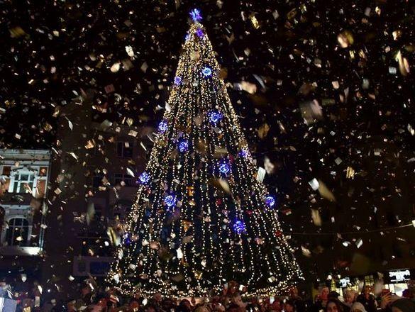 Треба економити: Сміла може залишитися без головної ялинки до новорічних свят