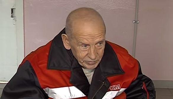 Родинна зрада: черкаський пенсіонер з інвалідністю вимушений зимувати надворі (ВІДЕО)