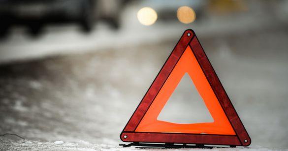 Потрійна ДТП за участі двох авто й маршрутки сталася в Черкасах (ВІДЕО)