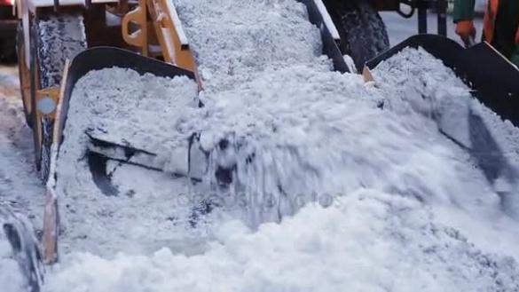 Cтали відомі місця у Черкасах, куди вивозити сніг