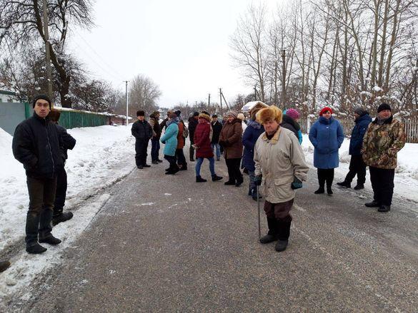 У Мошнах знову влаштували акцію протесту (ФОТО)