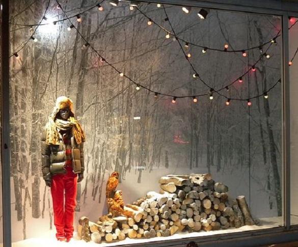 Для казкової атмосфери: черкащан просять оздобити вітрини новорічним декором