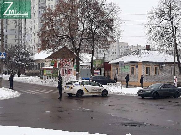 Центр Черкас перекрили правоохоронці (ФОТО)