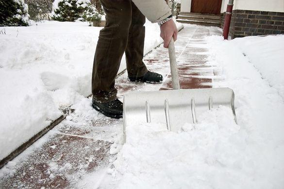 У Черкасах підприємцям виписали штрафи за неприбраний сніг
