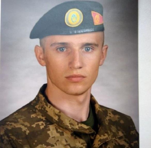 У Смілі попрощаються із молодим солдатом, який постраждав від вибуху котла