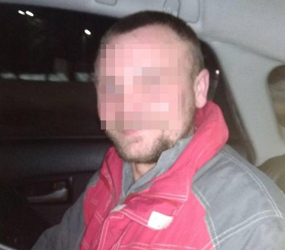П`яний черкащанин чіплявся до перехожих та вдарив чоловіка