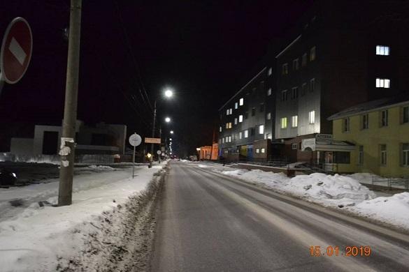 У Черкасах ще п'ять вулиць засвітилися по-новому (ФОТО)