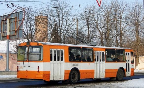 Через аварію у Черкасах деякі тролейбуси їздять інакше, а маршрутки - не за графіком