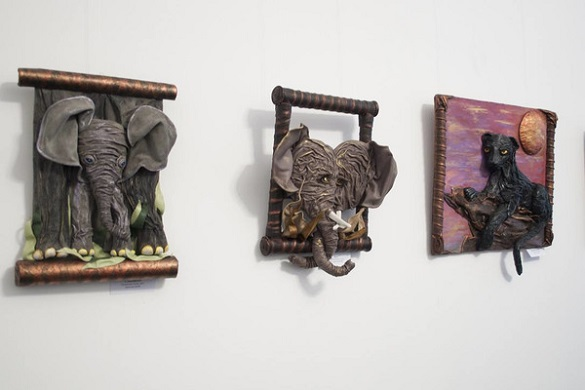 В одному з черкаських музеїв відкрили виставку виробів з натуральної шкіри (ФОТО)