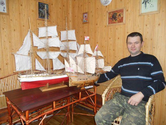 Черкащанин десять років майструє вітрильні кораблі (ФОТО)