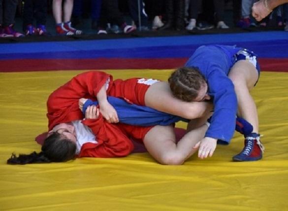 Самбісти з Черкащини вибороли нагороди молодіжного чемпіонату України