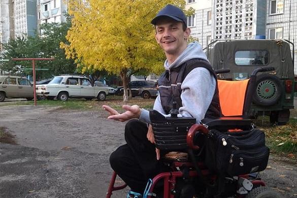 Жителі Черкас на візках нарікають на незручності у міському транспорті (ФОТО)