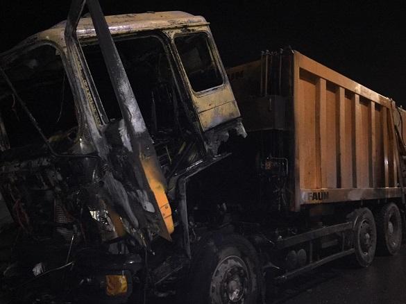 На Черкащині загорівся сміттєвоз (ФОТО)