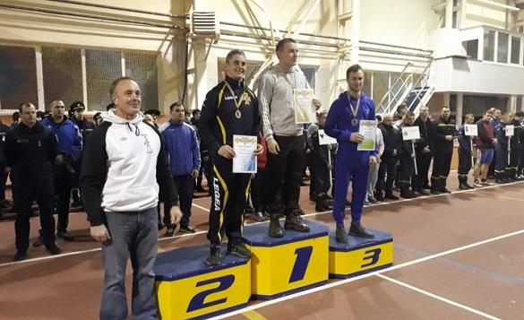 Рятувальник із Черкащини виборов бронзу на чемпіонаті України з гирьового спорту