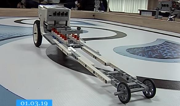 Черкаський школяр став призером міжнародного конкурсу з роботехніки