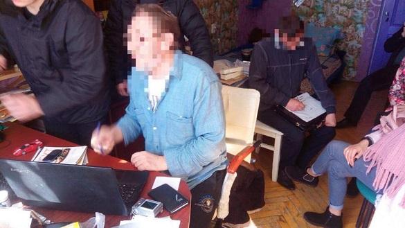 У Черкасах уроженець Росії розповсюджував антиукраїнські матеріали