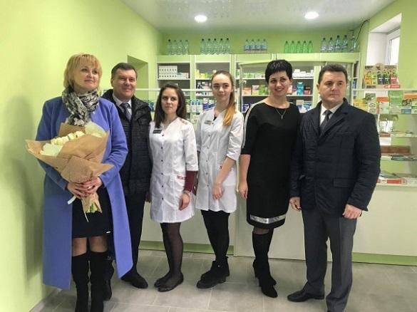 У Черкасах відкрили ще одну соціальну аптеку