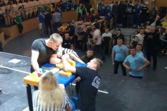 Спортсмени з Черкащини увійшли до десятки кращих в України з армспорту