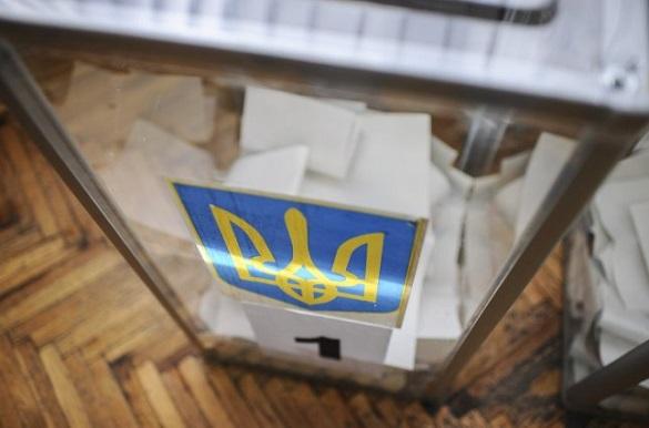 Директори черкаських шкіл вирішуватимуть, чи продовжувати канікули через вибори