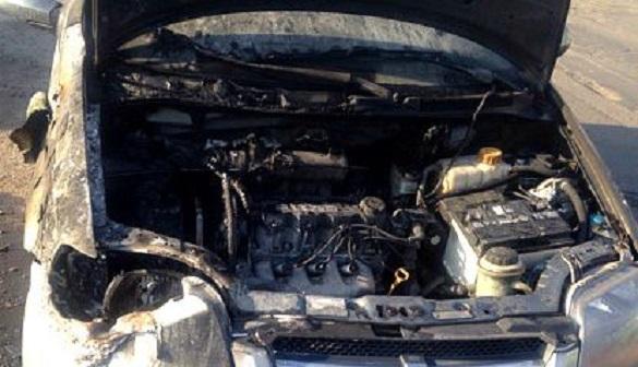 На Черкащині посеред вулиці спалахнула автівка