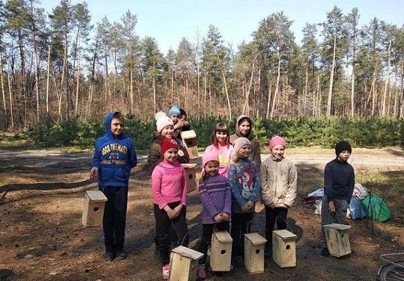 На Черкащині у птахів з'явилося майже 600 нових шпаківень