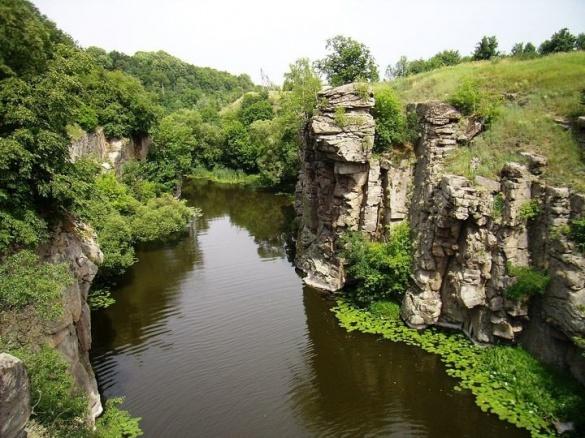 Річка на Черкащині міліє найшвидше в Україні