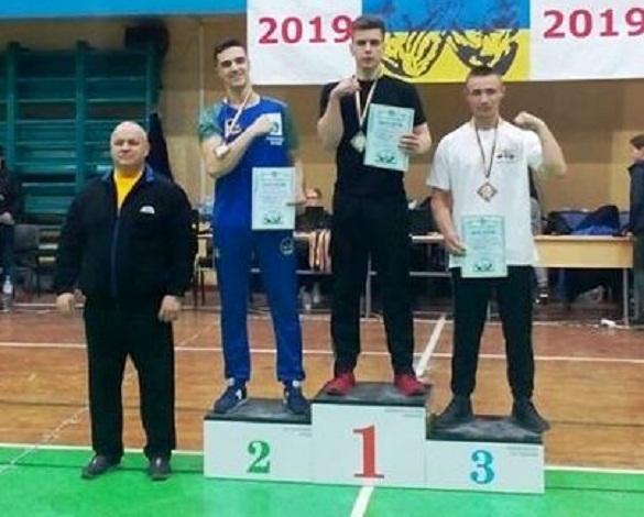 Юні черкаські спортсмени вибороли перемогу на чемпіонаті України з армспорту