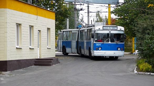 Тепер у Черкасах можна онлайн дізнатися про розклад та зміну руху тролейбусів
