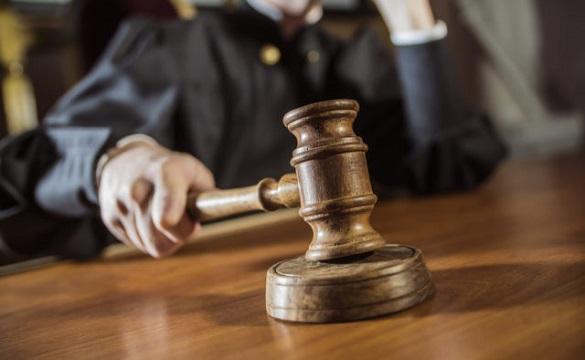 Черкащанину, який надав неправдиві показання суду, вручили підозру